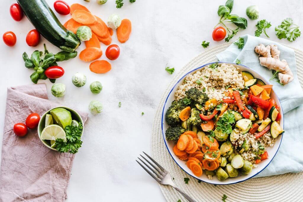 搭配蔬菜一碗,別讓宿便撐大你的小肚肚