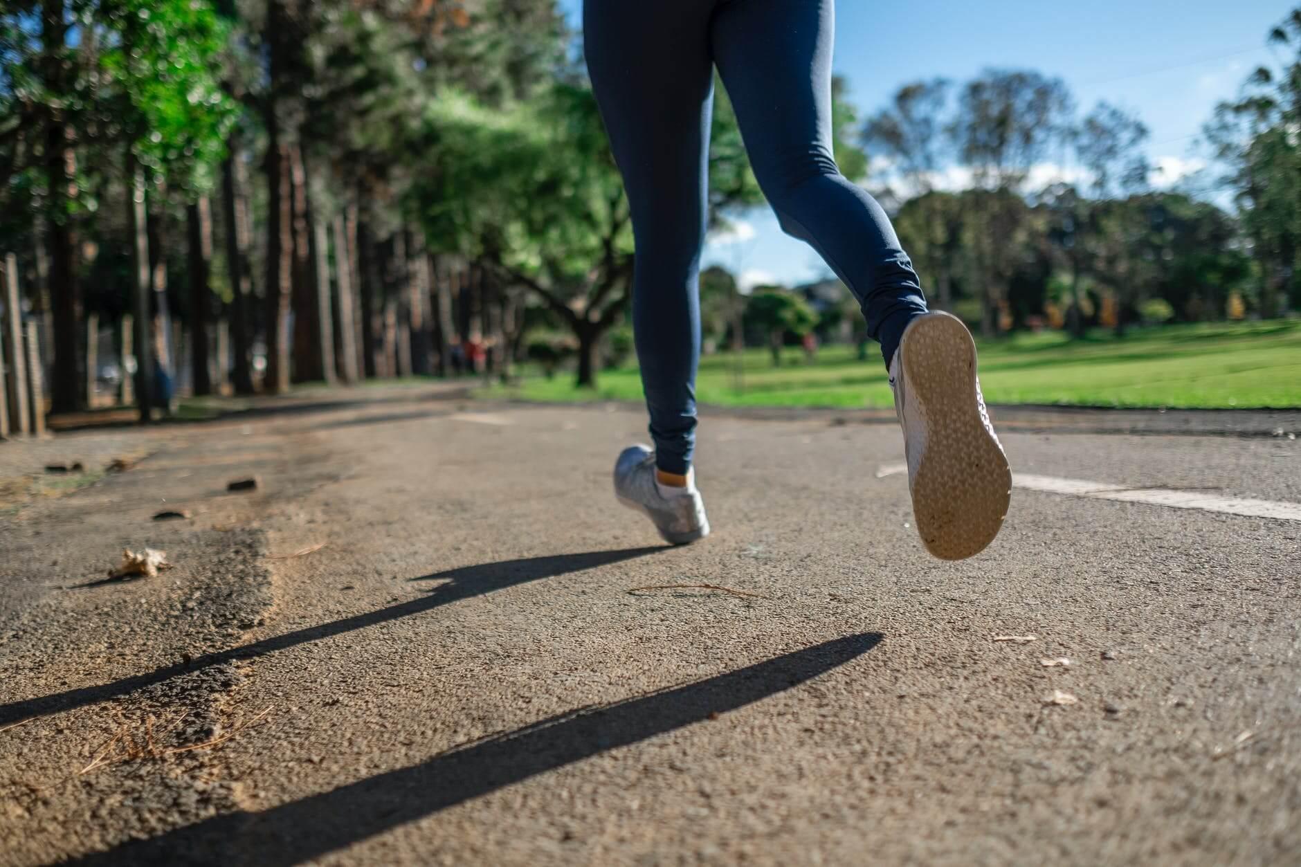 與越野跑者分享的營養小知識(二):賽中如何補給能量︱營養師 許睿涵